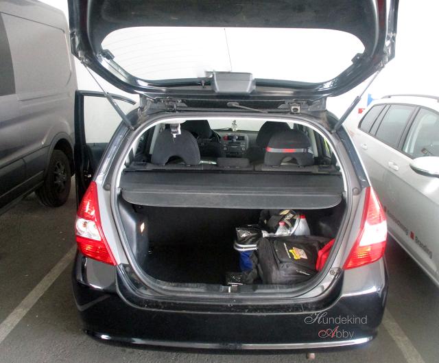 Kofferraum-1 %Hundeblog